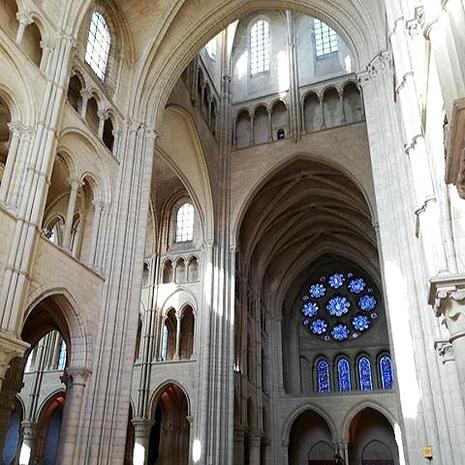 Cathédrale de Laon par @rom.mllt