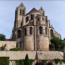 L'église de Saint-Leu d'Esserent par @lesdemoisellesdupatrimoine