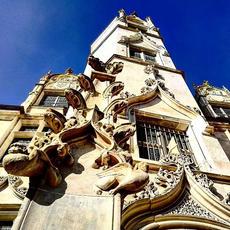 Le Palais Episcopal de Beauvais par @jeanne_a_beauvais