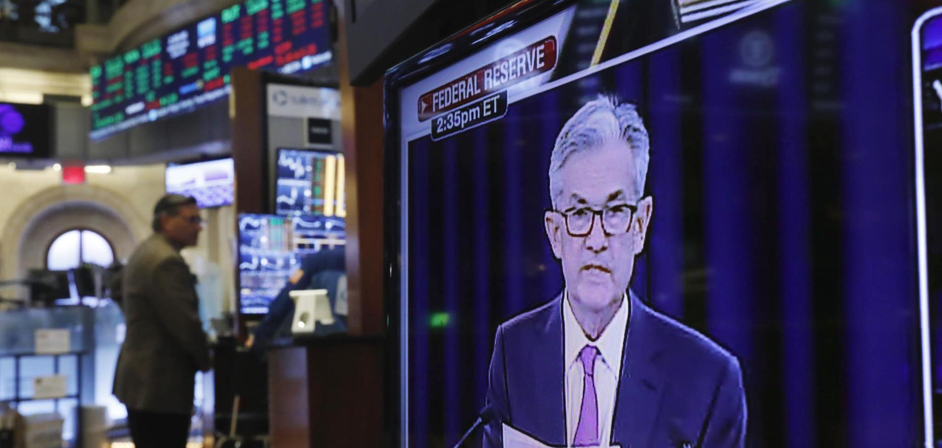 הבנקים המרכזיים מנעו משבר נוסף — אך השוק עדיין לא מגלם התאוששות מלאה