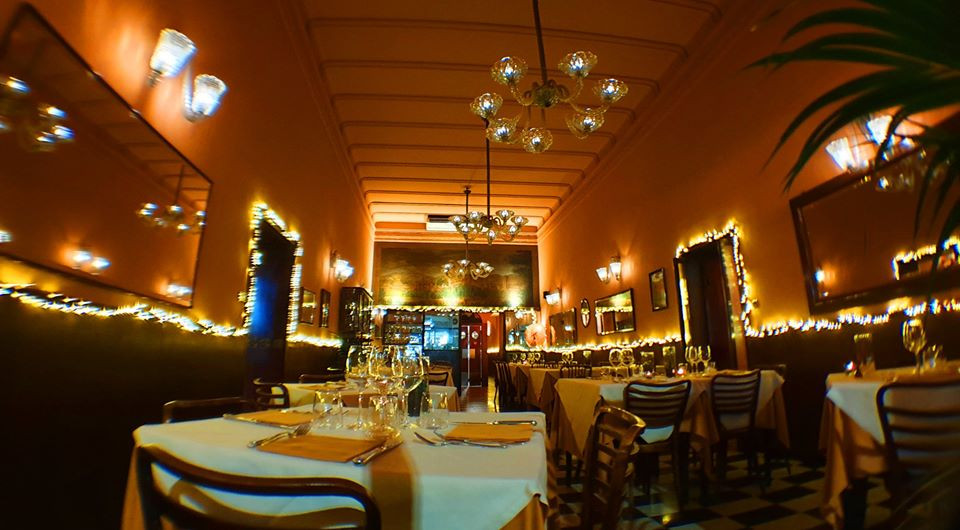 sala-ristorante-luci-natale