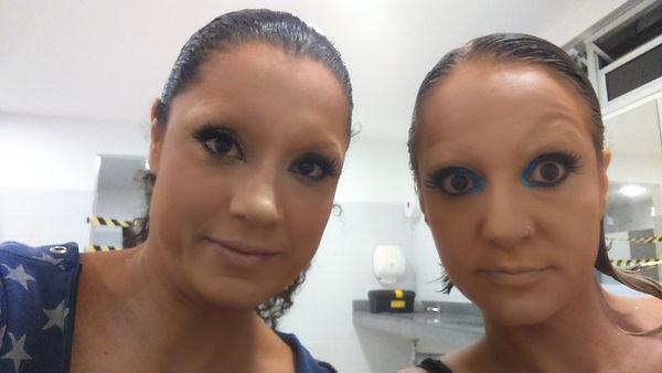 CRIA maquiagem.JPG