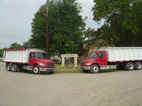 silage trucks 005.jpg