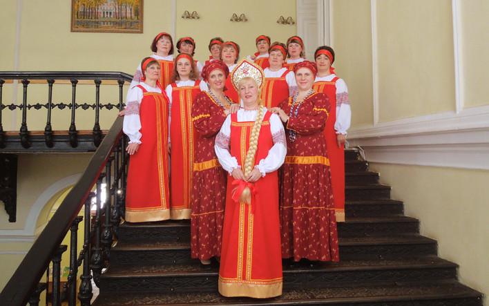 Народный хор с. Брынь теперь в народных костюмах
