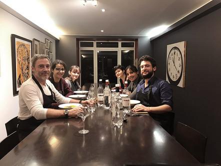 CMD en cuisine chez Alain CIRELLI : Ateliers de cuisine en équipe, on le fait ensemble et on le mang