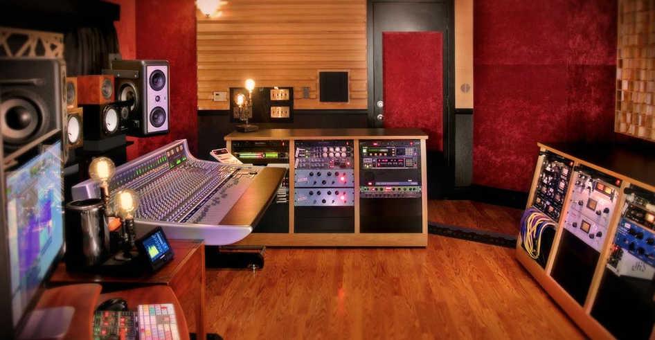 Daniel Duskin's Mix Room