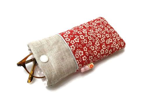 Etui à lunettes en tissu japonais fond rouge fleurs prunier