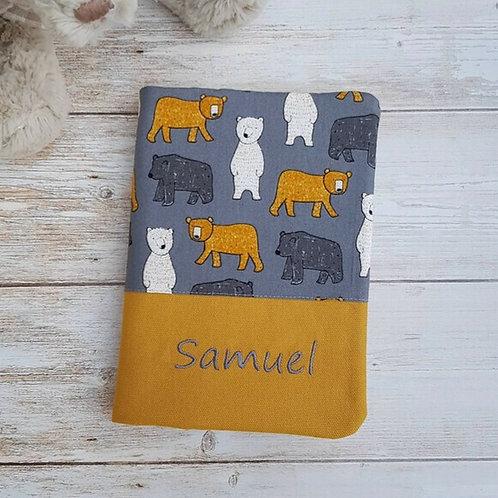 Protège carnet santé personnalisable en tissu motif ours sur fond gris
