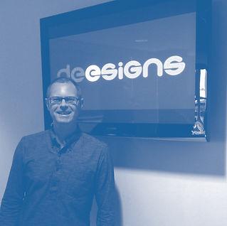 Simon Dee - Freelance Designer