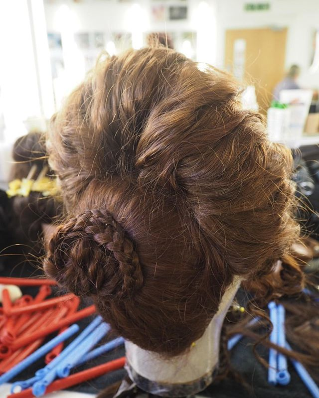 Ancient roman hairstyle