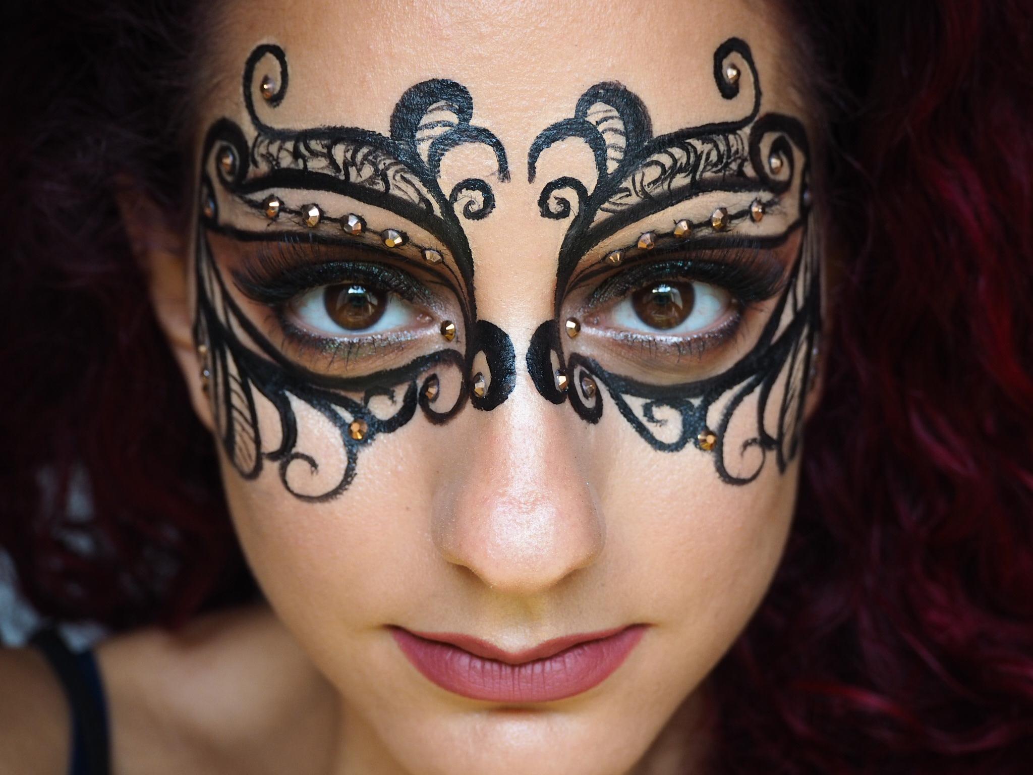 Lace Mask. Masquerade Ball.