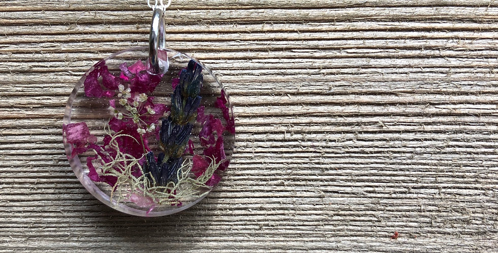 Queen Anne's Lace, Moss, Lavender and Wild Roses