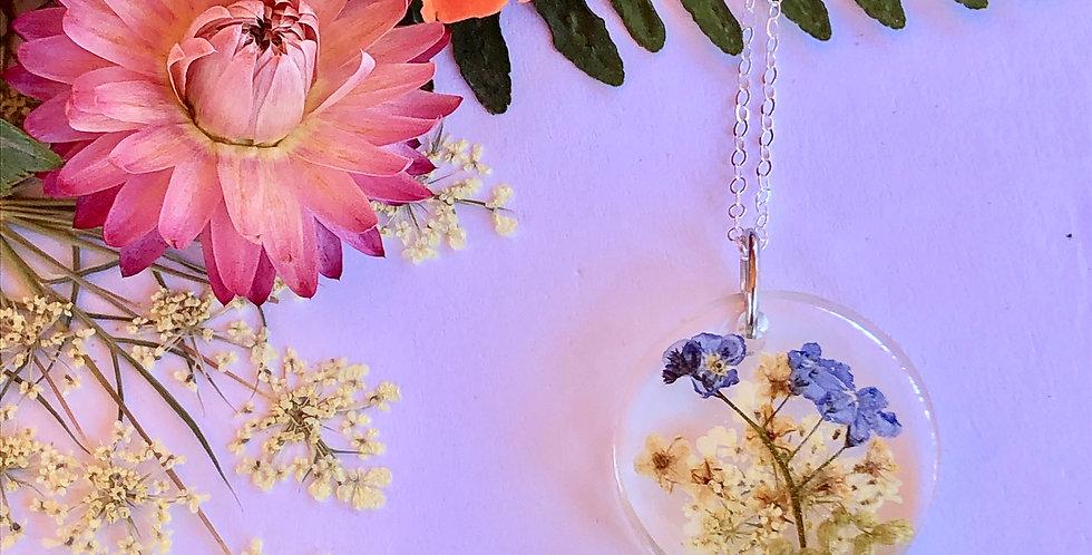 Mugwort, Queen Anne's Lace, Elderflower & Forget Me Nots