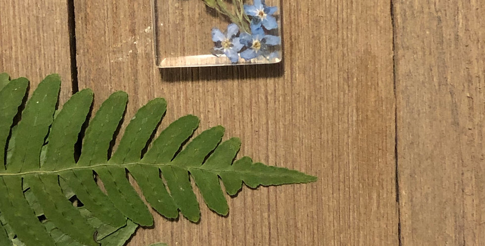 Forget Me Not - Handpicked Botanical Pendant