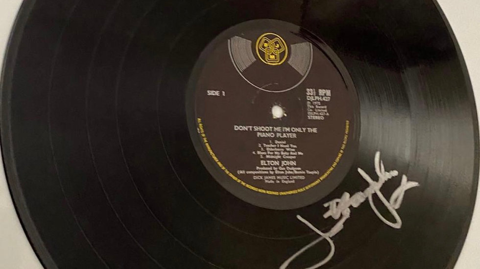 Elton John Don't Shoot Me I'm The Only Piano Player Vinyl Record Autographed