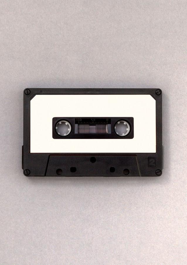 Svartvitt kassettband