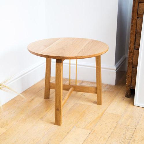 three leg wood table