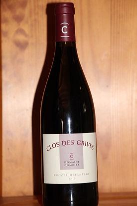 CLOS des GRIVES Domaine Combier (France)  Une grande syrah de la vallée du Rhône nord. Le Clos des Grives nous fait penser à une 'Côte Rotie', puissance et finesse sur une note de cassis!