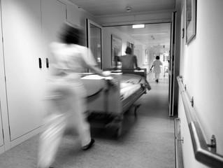 Samhandling eller samlebånd? Helsetjenesteaksjonen arrangerer debattmøte på Litteraturhuset i Bergen
