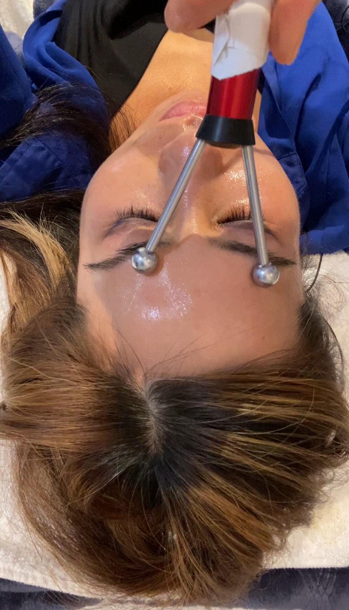 Microcurrent w/Facial (Lymphactic Drain
