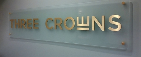 INDOOR SIGN ON PLATE WITH STUDS.jpg