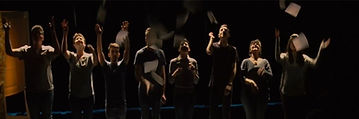 foto gruppo teatro.jpg