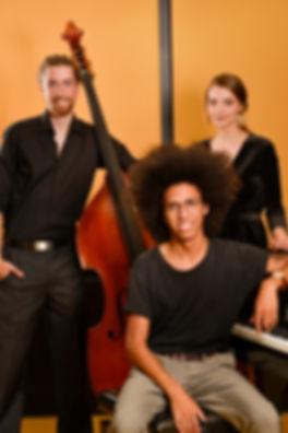 ISA Trio - photo groupe.jpg