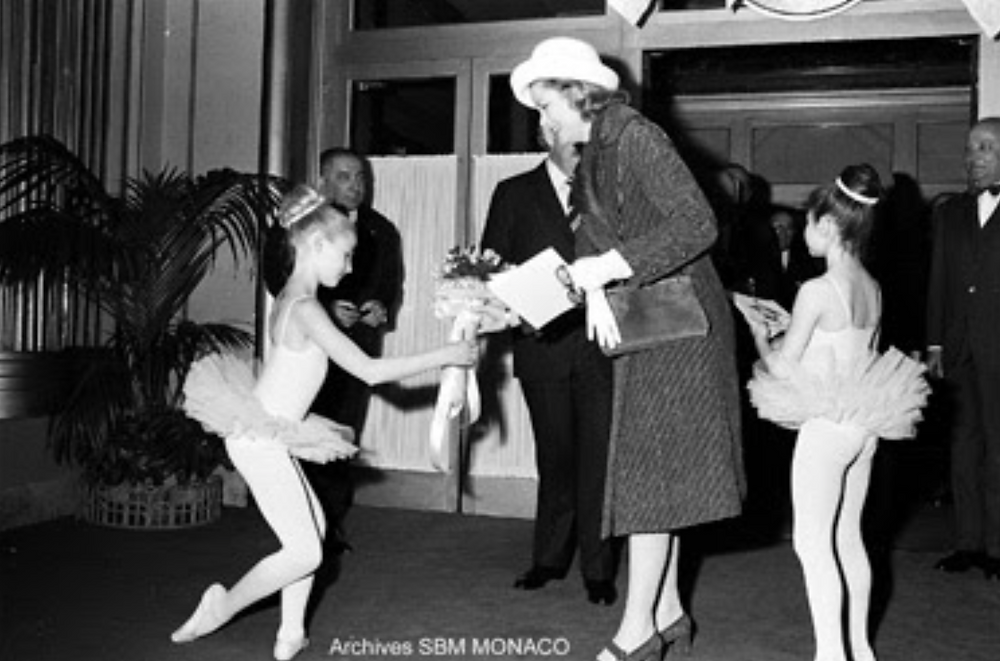 Princess Grace with young ballerinas at the Princess Grace Ballet Academy