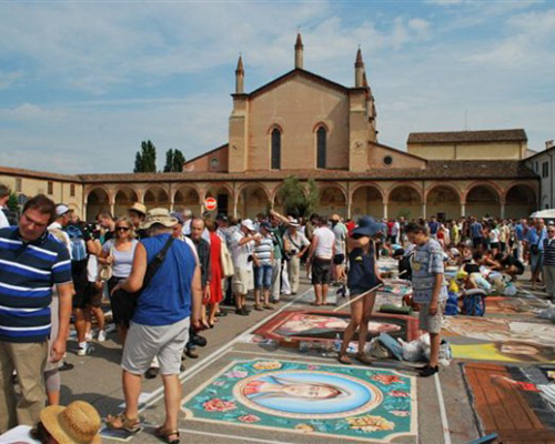 Grazie di Curtatone: Santuario e Madonnari