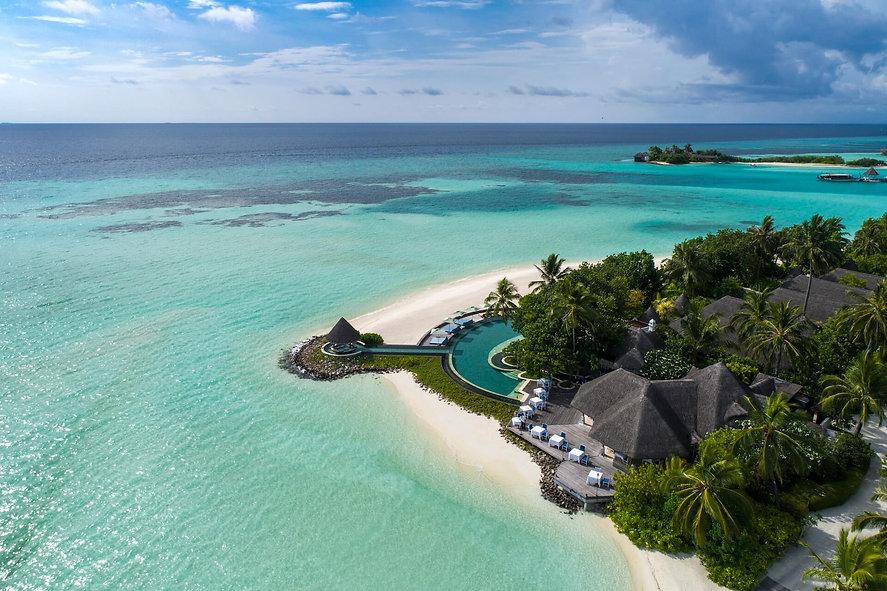 Four Season Resort Maldives | Luxury Resort | Kuda Huraa