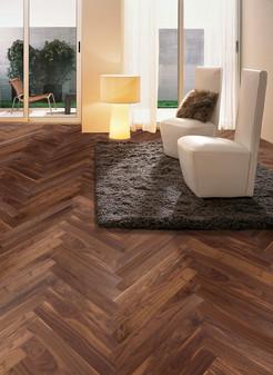 Pavimento legno LOFT CLASSIC Noce Americano Commerciale Prelevigato Verniciato