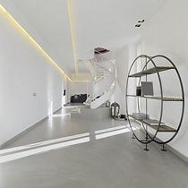Microcemnto e resine per interno di design roma