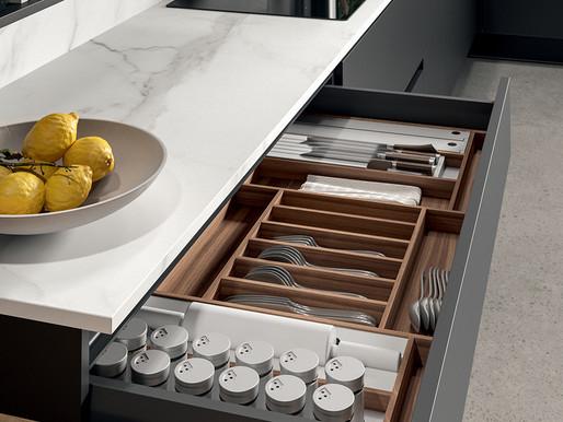 La perfetta organizzazione degli spazi in cucina.