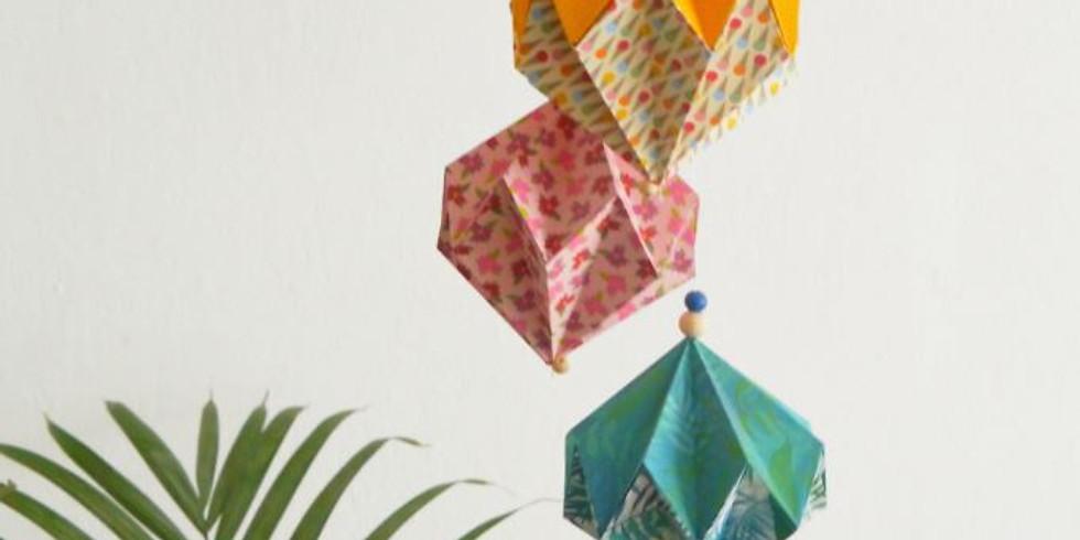 REPORTÉ / Atelier DIY / Suspension de diamants en origami