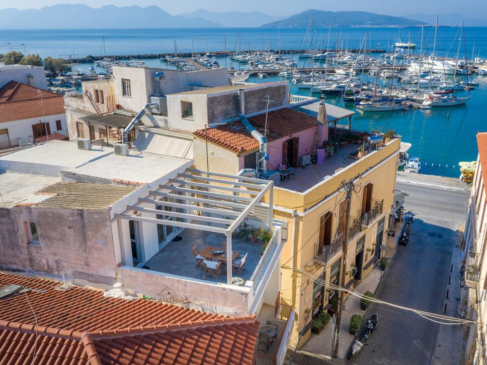 rooms in Aegina