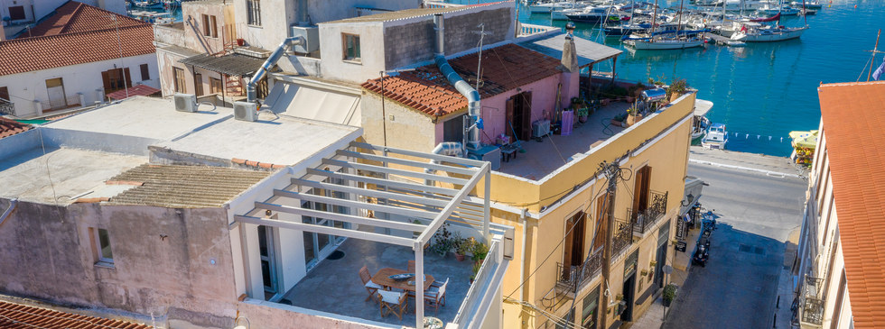 rooms in Aegina