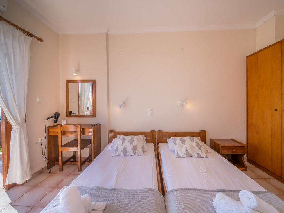 Room aghia marina