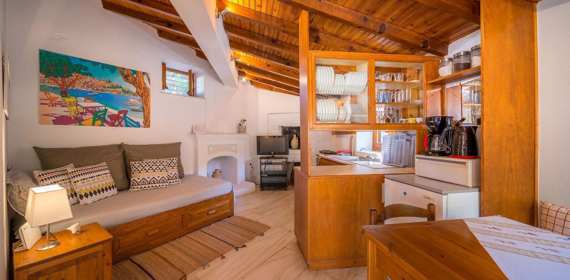 Aegina property for rent