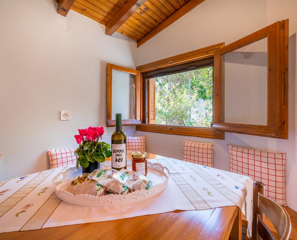 Aegina houses booking