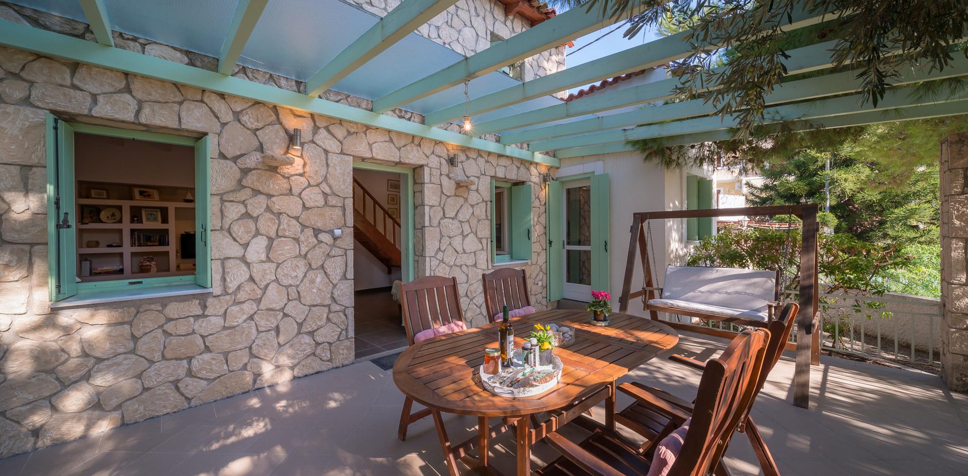 Garden aegina house