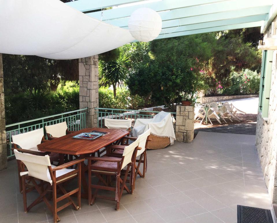 Aegina houses