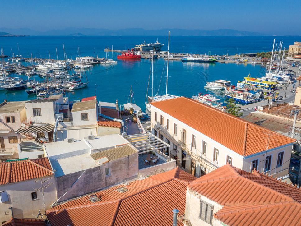 Apartments in Aegina