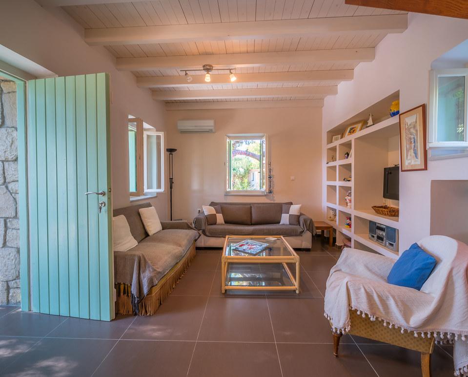 house luxury aegina
