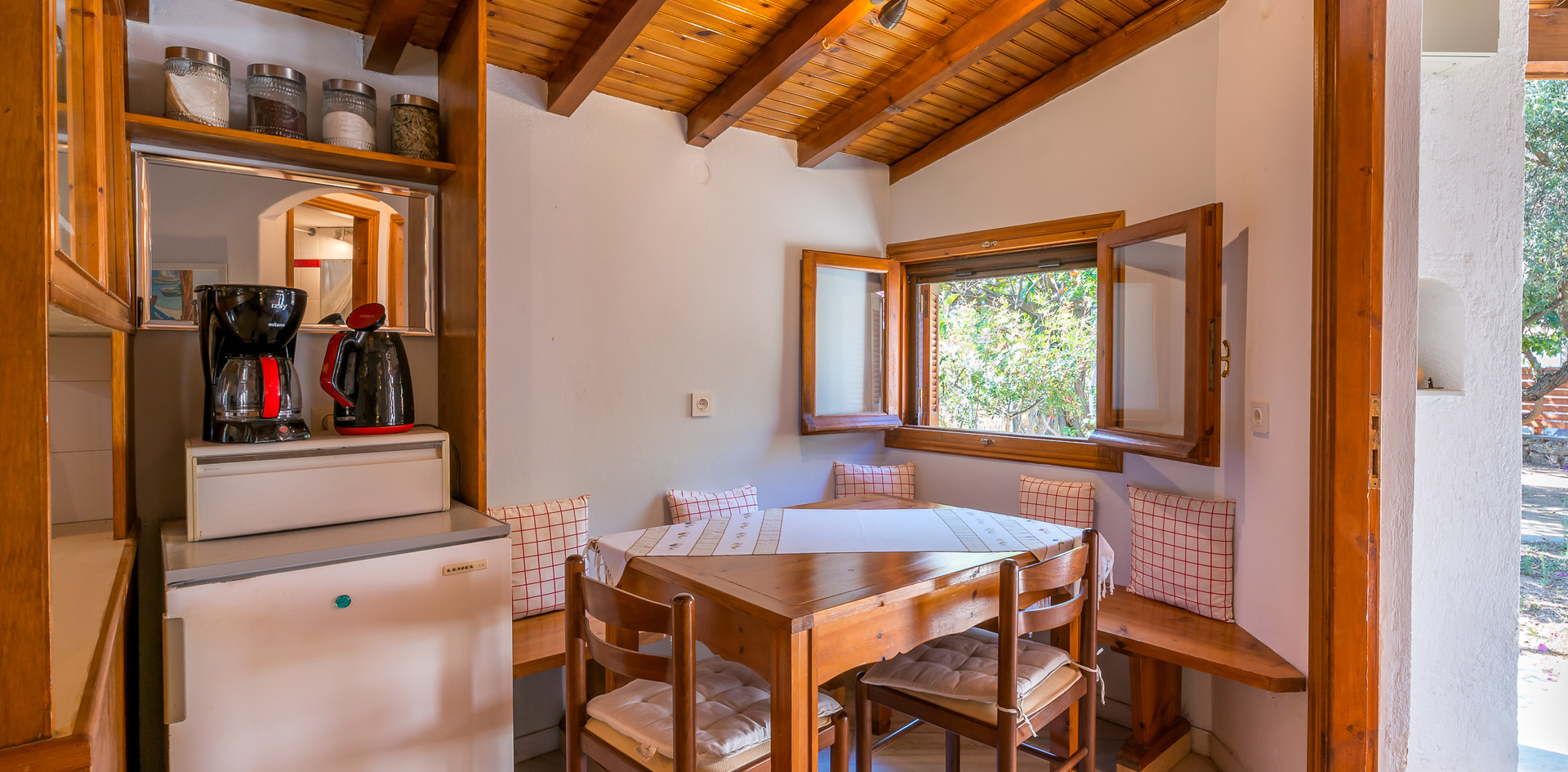 Aegina house for rent
