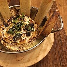 Camembert Fondue Trufado / Truffled Camembert Fondue