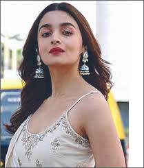 Alia Bhatt Makes Her Debut On Facebook; Shares The Motion Poster Of Her Upcoming Film 'RRR'