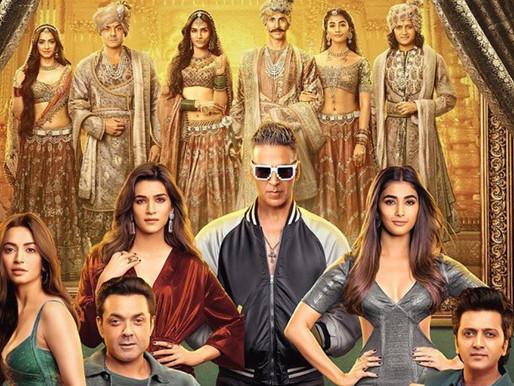 Moviegoers Impressed With Akshay  Kumar-Kriti Sanon Starrer 'Housefull 4'