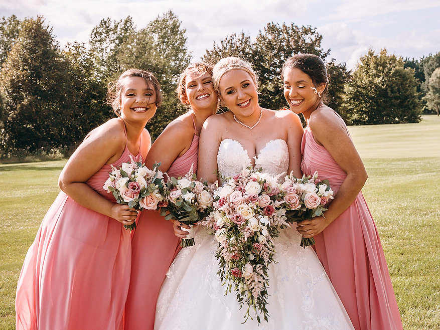 Vicky_Lewis_Luxury_wedding_Cotswold_Hote