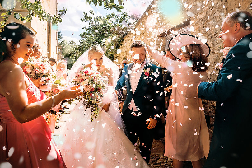confetti_Perfect_windy_Photos_Cotswold_W