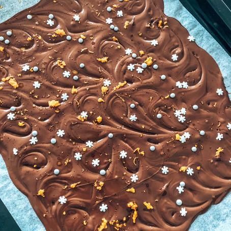 Selbstgemachte Bruchschokolade - kreatives Weihnachtsgeschenk